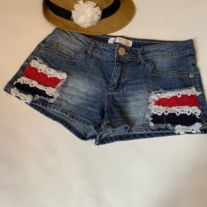 No Boundaries Patriotic Denim Shorts 🏖